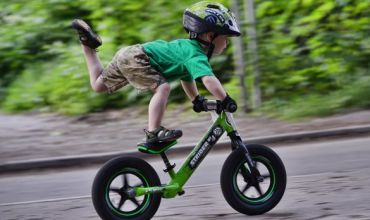 Беговелы и велосипеды для детей: выбираем лучшее